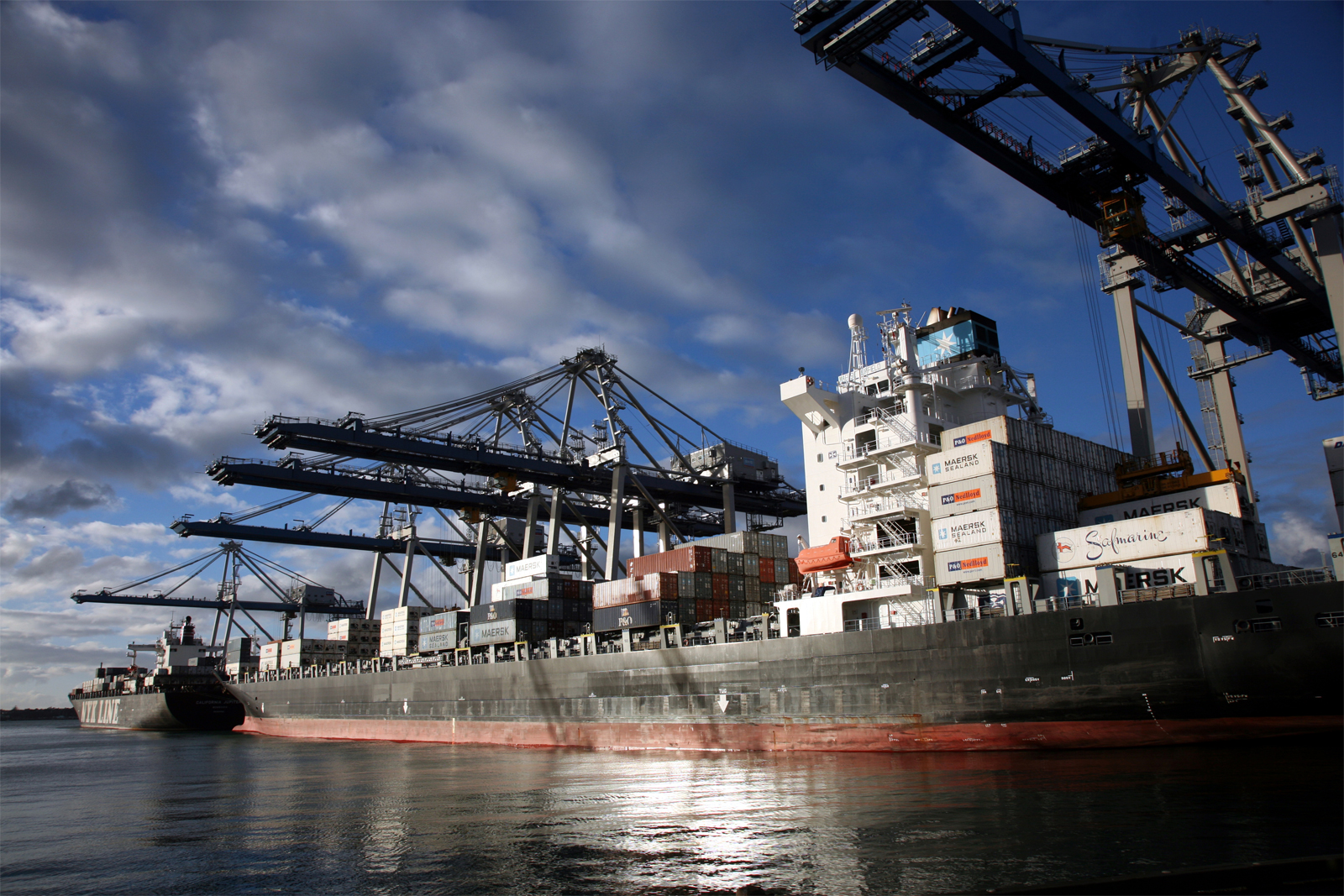 Al Refai International Transport & Clearing Co.